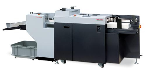 Die rotative Stanzmaschine RD-4055DM ist äußerst platzsparend und schnell auf neue Jobs umgerüstet. Sie macht die Produktion von Verpackungen in Kleinauflagen rentabel.